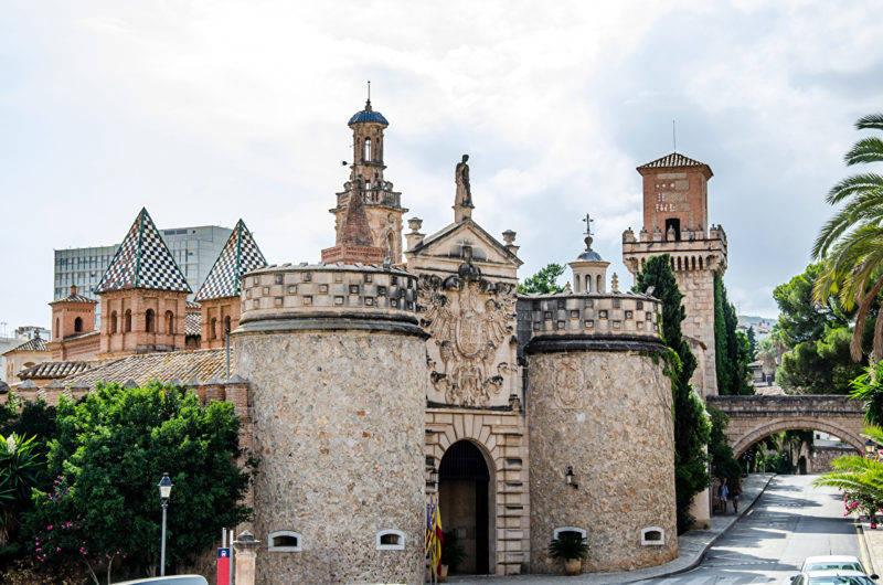 O histórico Castelo de Bellver em Mallorca.
