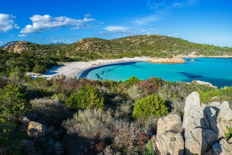Spiaggia Del Principe na Sardenha.