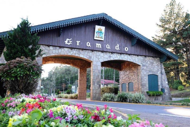 Viagem em setembro: Portal da cidade de Gramado.