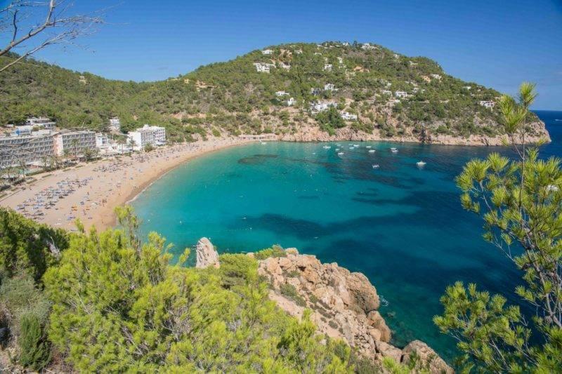 Praias mais bonitas de Ibiza: Cala Sant Vicent.