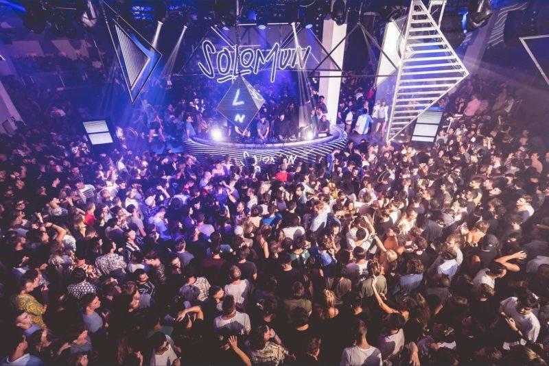 Baladas em Ibiza: festa do Pacha.