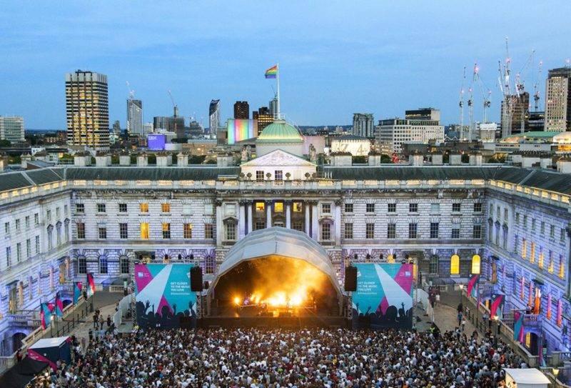Dicas de Londres no verão: shows no Somerset House.