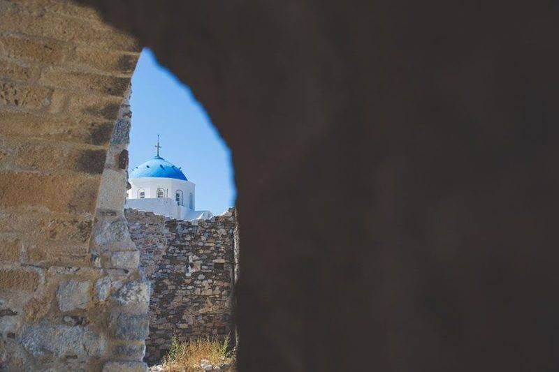 Vista da igreja e o castelo: mistura de estilos e influências