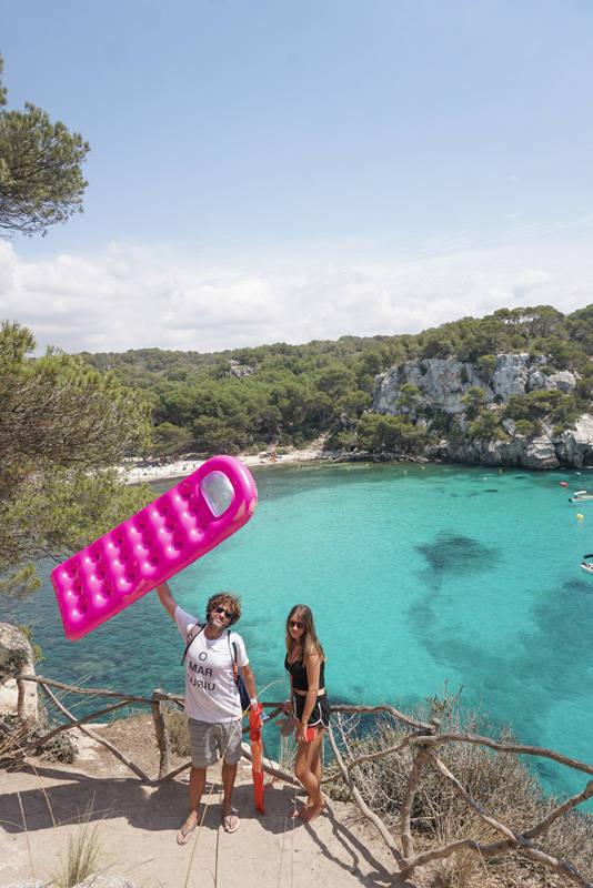 Praias mais lindas de Menorca: o caminho de Macarella para Macarelleta