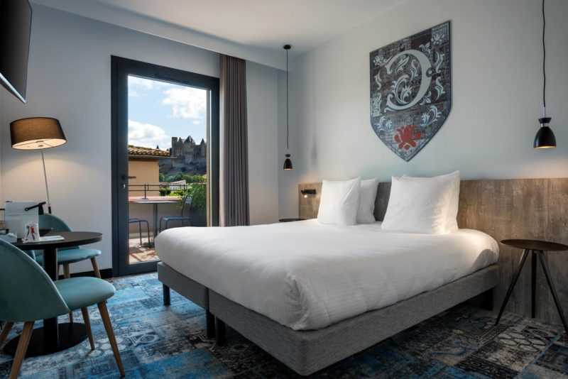 Onde se hospedar em Carcassonne: Quarto do Soleil Vacances Hotel les Chevaliers & Spa.