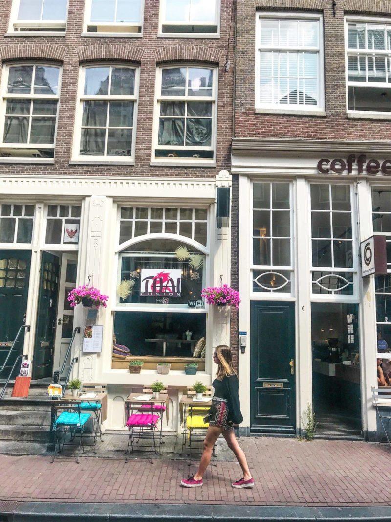 As 9 streets são cheias de cafés e lojas locais