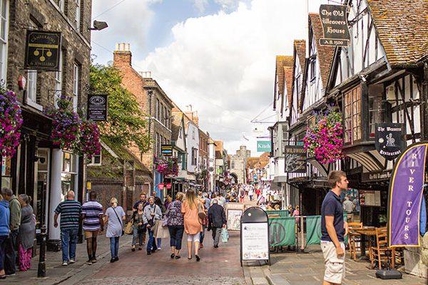 Ruas fofas de Canterbury, na Inglaterra.