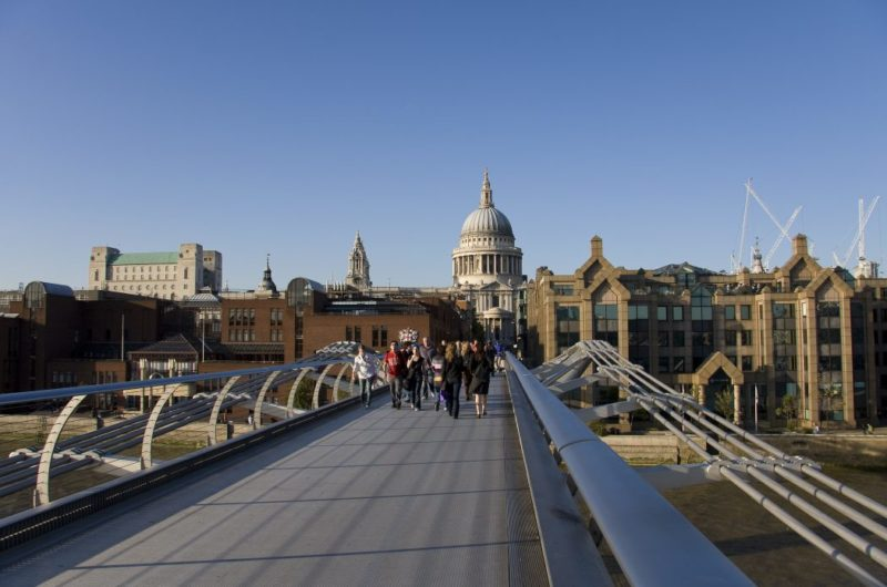 Dicas de Londres: Millennium Bridge, cenário do filme Harry Potter.