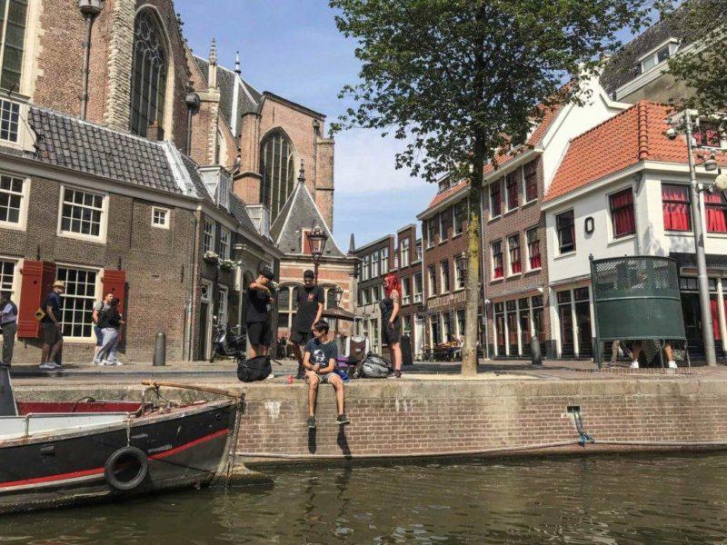Roteiro pela Europa:  visual do passeio de barco por Amsterdã