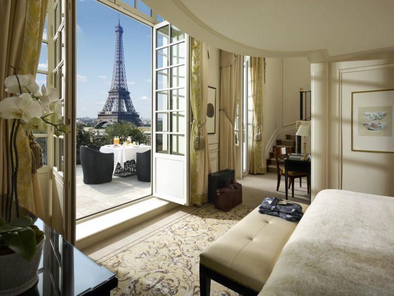 Hotéis em Paris com vista para a Torre Eiffel: Os luxuosos quartos do Shangri-La Hotel.