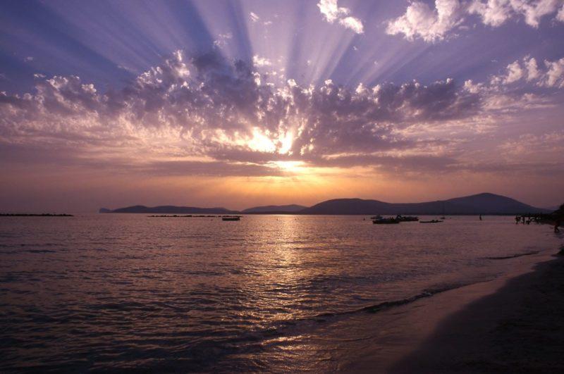 Motivos para visitar a Sardenha: O pôr-do-sol.