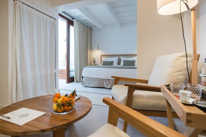 Onde se hospedar em Menorca: Quarto S'Hotelet d'es Born.