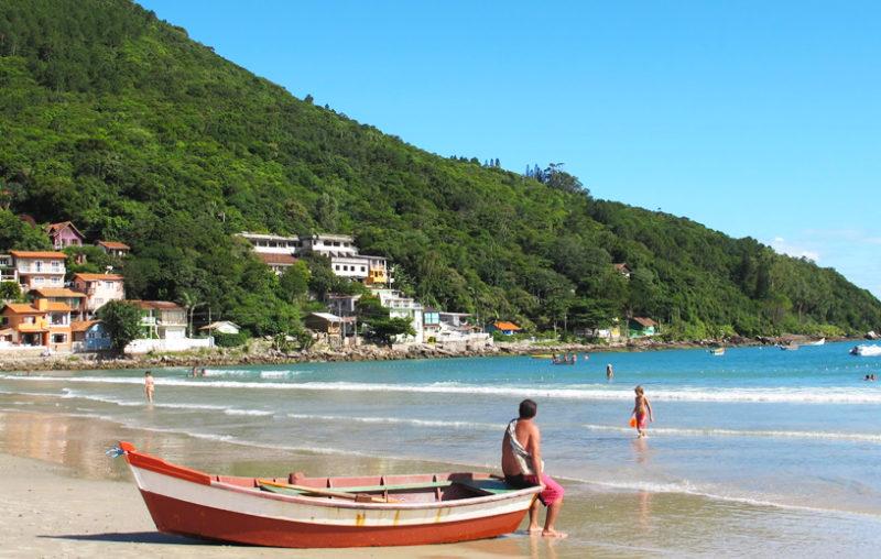 O que fazer em Florianópolis: Clima tranquilo no Pântano do Sul.