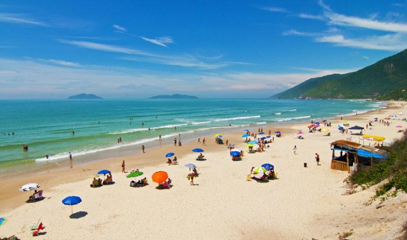 Roteiro pelo sul do Brasil: Praia dos Açores, em Florianópolis.