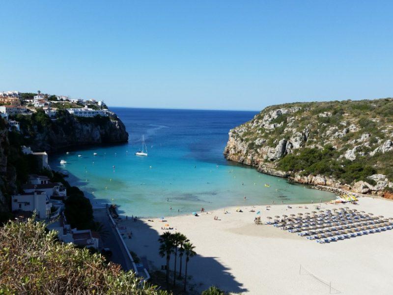 Dicas de Menorca: o mar de Cala en Porter.