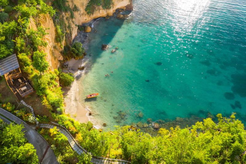 A praia que fica em frente ao resort Secret Bay.