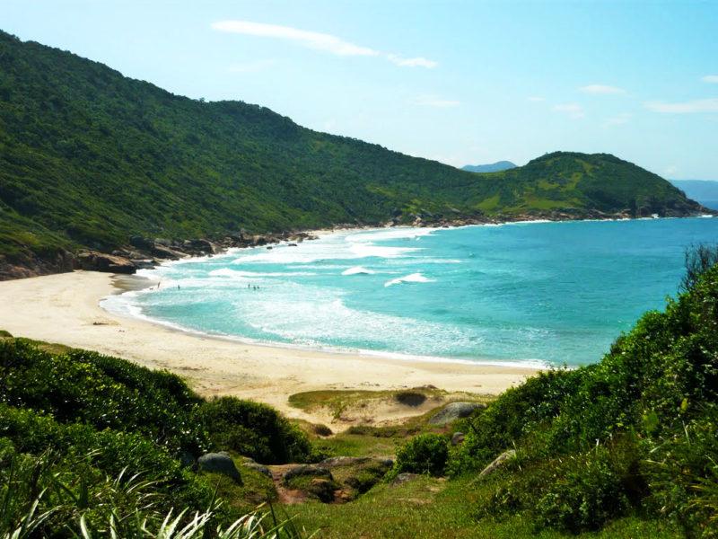 Roteiro praias do sul: Chegada na Prainha, na Guarda do Embau.