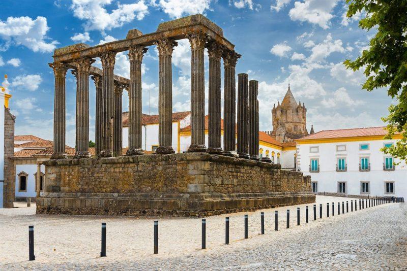 Roteiro Alentejo: Templo Romano de Évora.