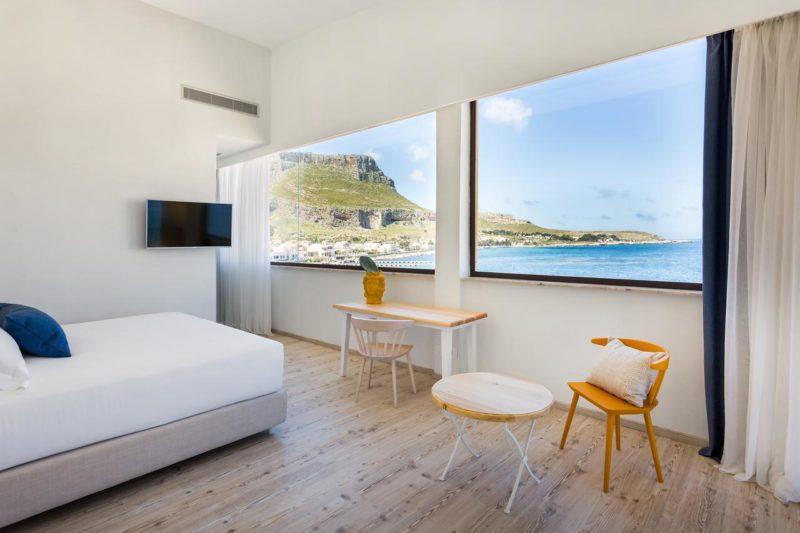 Hotéis na Sicília: quarto amplo e com vista do Smy La Tonnara di Bonagia Sicilia.