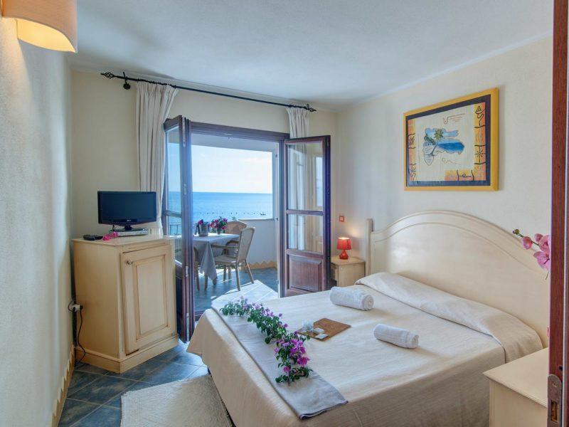 Pousadas na Sardenha: quarto do Hotel Ristorante La Conchiglia, em Cala Gonone.