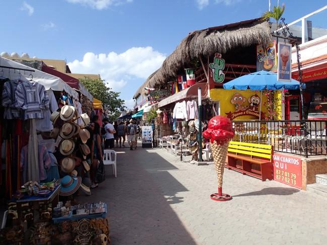 Uma parte da Avenida Hidalgo: melhor lugar para comprar artesanato
