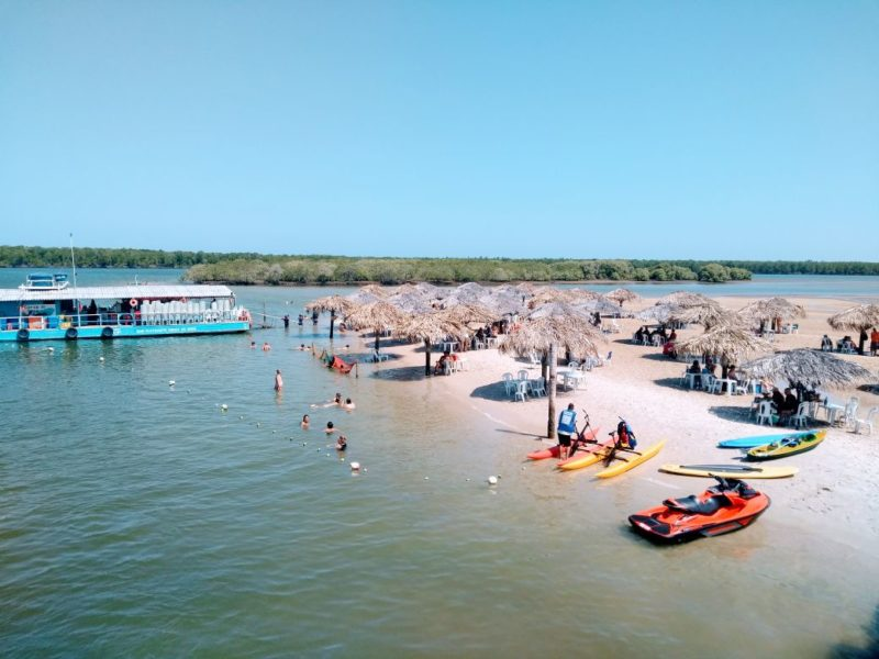 Para onde ir em fevereiro: Ilha dos Namorados, em Aracaju.