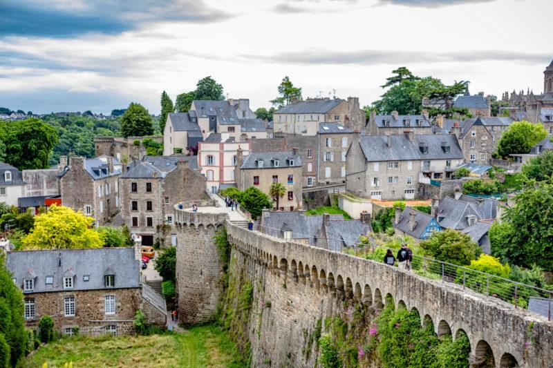 A linda e precisa Dinan: umas das cidades medievais mais charmosas da FrançaA linda e precisa Dinan: umas das cidades medievais mais charmosas da França