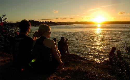 Pôr-do-sol na Ponta do Xaráu, em Itacaré.