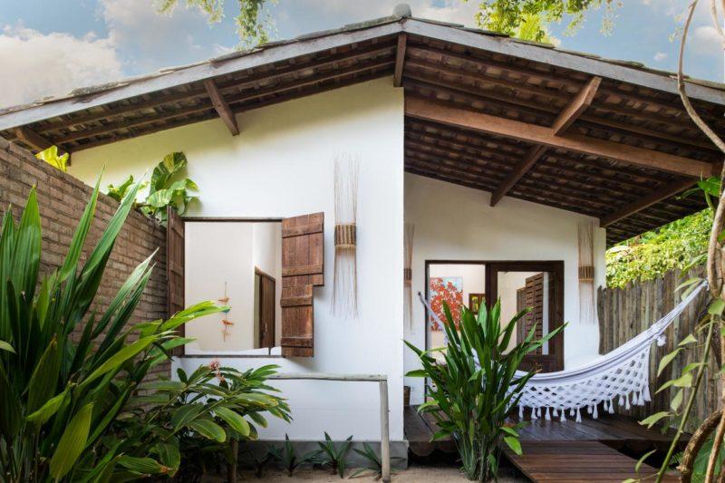Onde ficar em Alagoas: a pousada Amendoeira tem uma casa completa para hóspedes
