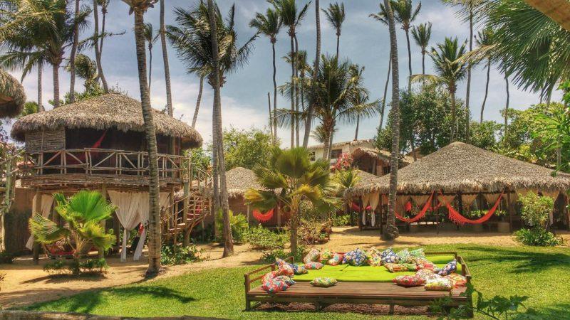 As palafitas da Vila Kalango: pegada rústica e chique na pousada de frente pro mar