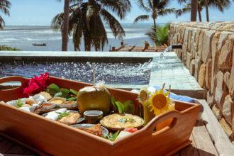 Hoteis em Alagoas: turismo de isolamento ganha força com medidas como café servido na piscina privativa