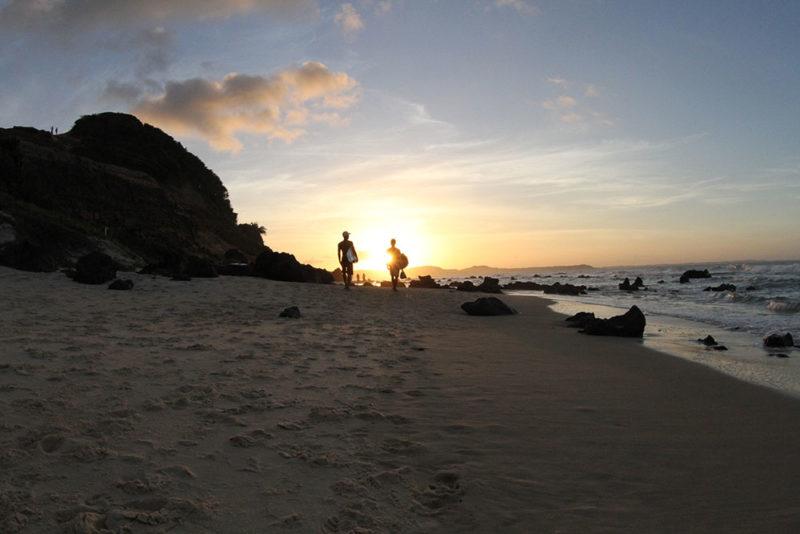 O que fazer em Pipa: caminha pelas praias pouco movimentadas é a pedida.