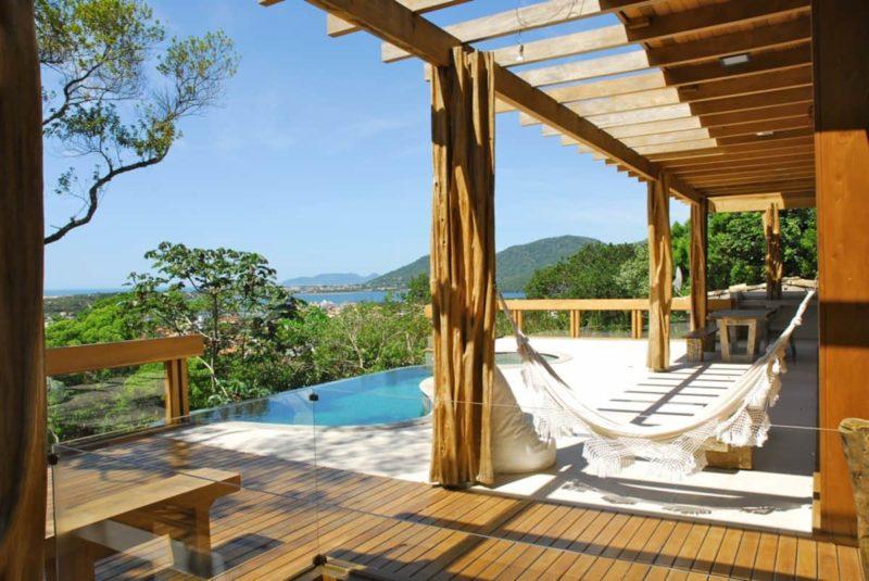 Melhores casas Airbnb: vista da Casa Refúgio, em Floripa.