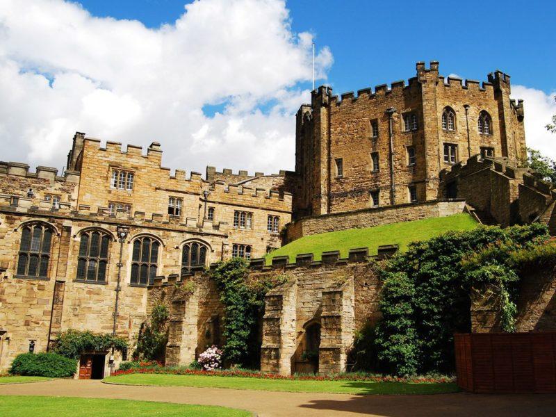 O que fazer em Durham: Casrtelo da cidade, que hoje funciona como universidade.