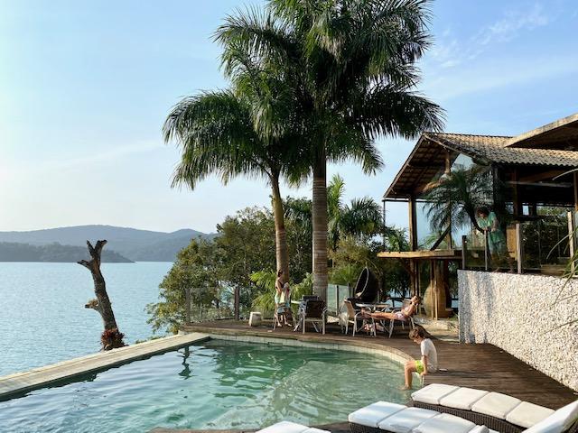 Dicas Paraty: e aqui, a vista da piscina. Que lindo!!