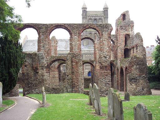 Dicas de Colchester: as ruínas de St Botolph's Priory.