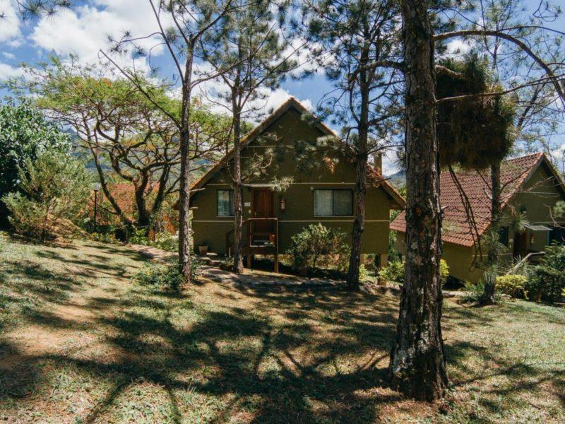 Lugares para viajar perto do Rio de Janeiro - Onde ficar em Serrinha: hospedagem em Penedo, na Pousada Serra da Índia.