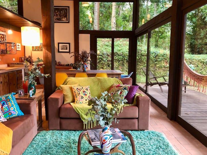 A casa é espaçosa e ideal para famílias com crianças de todas as idades.