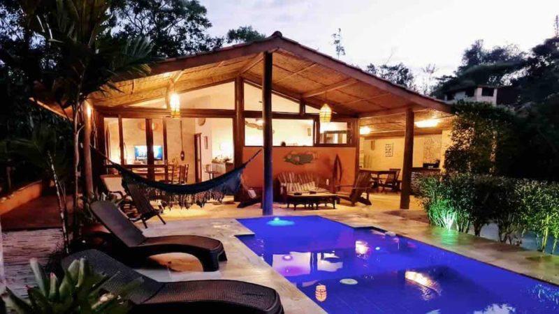 Onde se hospedar em Ubatuba: casa charmosa e tranquila em Prumirim.