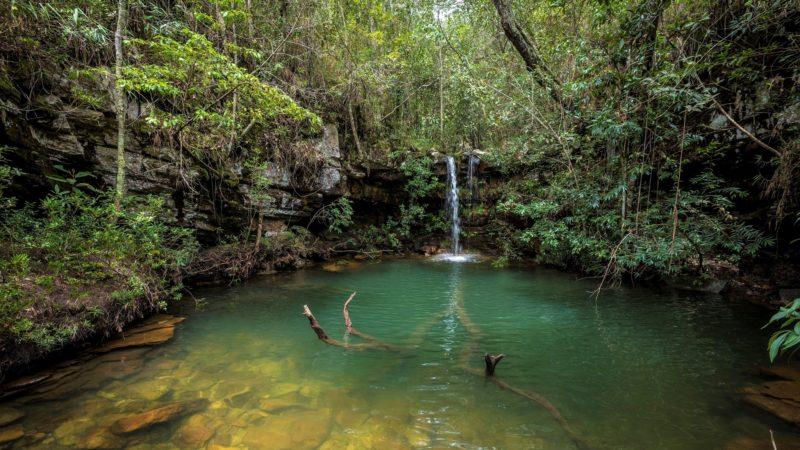 Viagem no Brasil em outubro: Cacheira Louquinha, em Veadeiros.